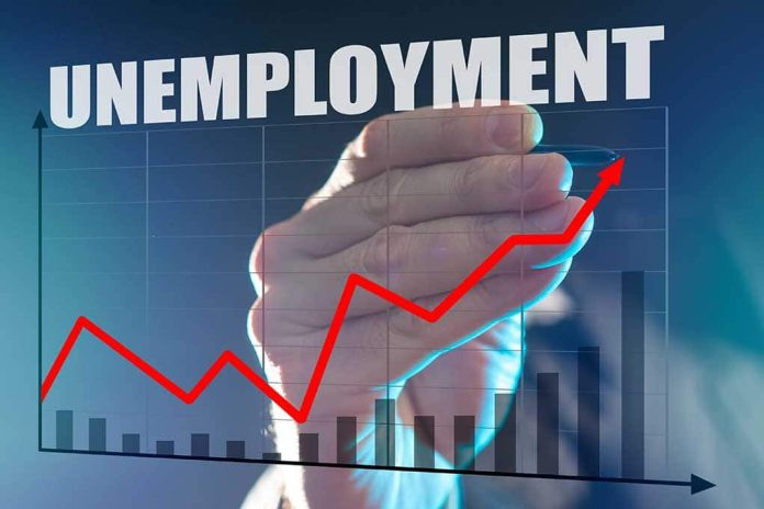 Experts Worried After Unemployment Goes Up ... Again
